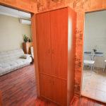 Снять квартиру посуточно в Днепре Бабушкинский район, ул. Мономаха 10