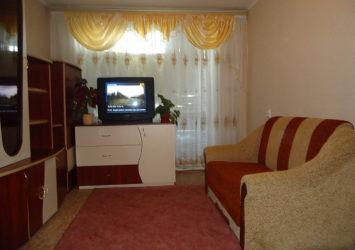 Снять квартиру посуточно в Виннице Старогородский район, ул. Шмидта 34