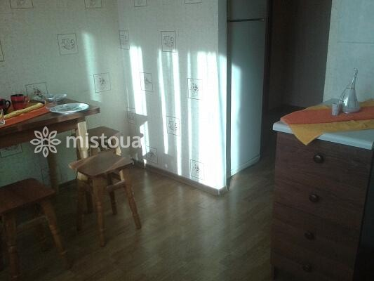 Снять квартиру посуточно в Киеве, Деснянский район, пр-т Маяковского, 32