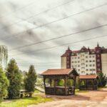 """Замок-отель """"Вышеград"""""""