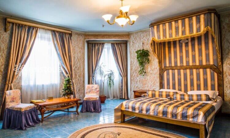 """Мини-отель """"Вышеград"""""""