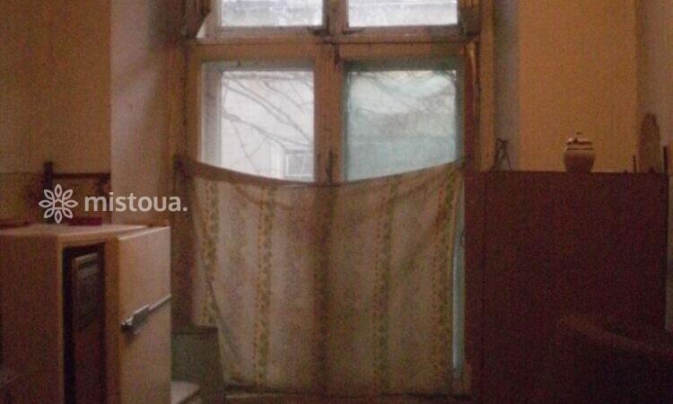 Продам комнату в коммуне, ул. Ольгиевская